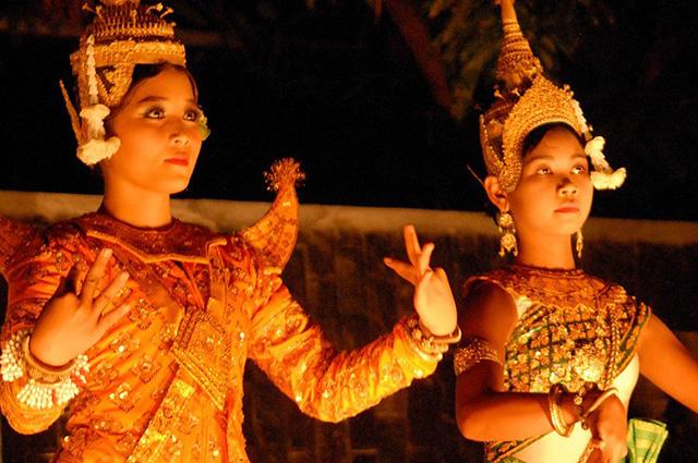 Femmes cambodgiennes datant
